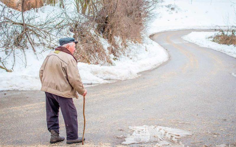 Los trastornos del equilibrio, causa frecuente de caídas en mayores de 65 años