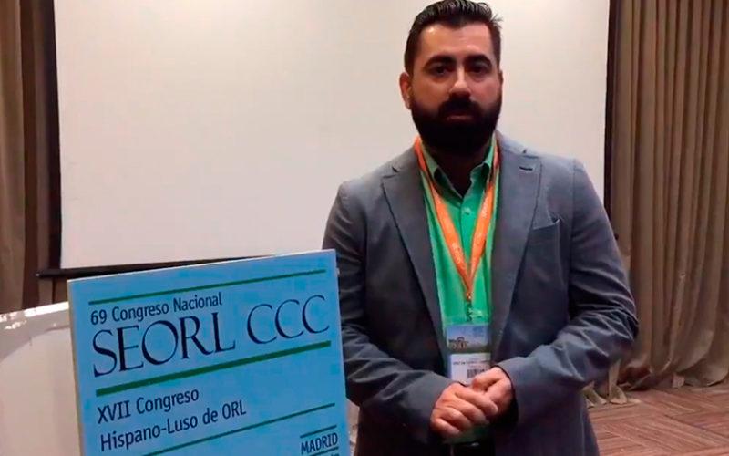 El doctor Pedro Díaz de Cerio, ganador del concurso de Twitter 'Bulos en ORL'