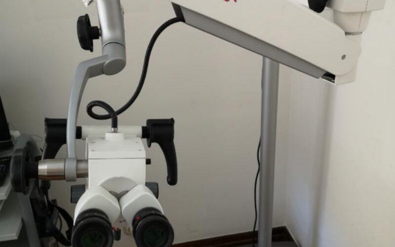 Microscopio de consulta PRIMA