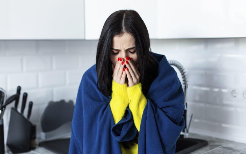 La presencia de alteraciones de olfato y gusto por COVID-19 es mayor en jóvenes y no hospitalizados
