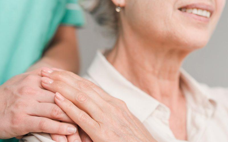 No existe una edad límite que desaconseje la colocación del implante coclear