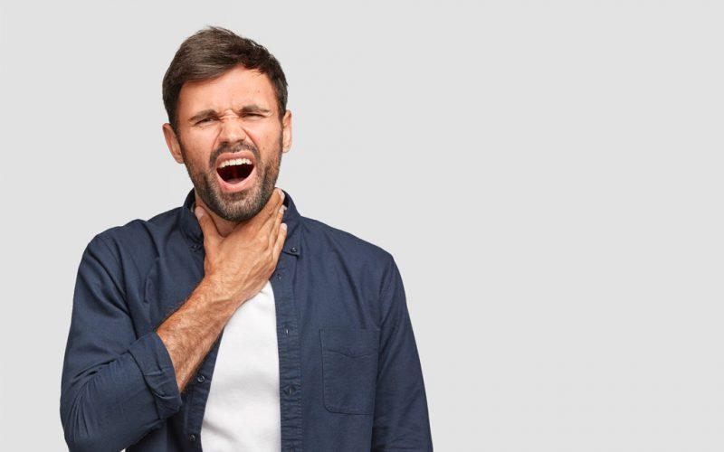 La parálisis de las cuerdas vocales ocasiona dificultad para tragar y respirar